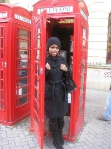 555b3-phonebooth
