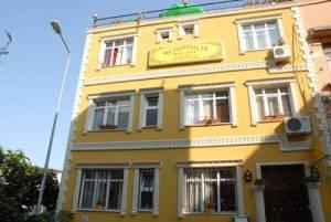 METROPOLIS-HOSTEL-hostel